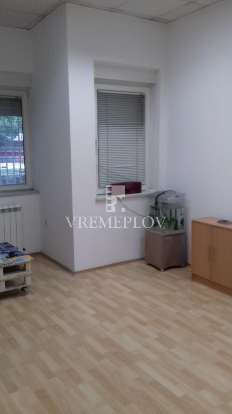 Poslovni prostor Prodaja BEOGRAD Novi Beograd Blok 3